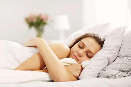 Сколько часов сна нам нужно в зависимости от возраста