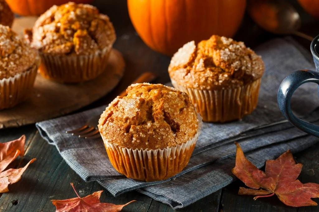 Сочные, вкусные, осенние - наши сладкие тыквенные маффины!