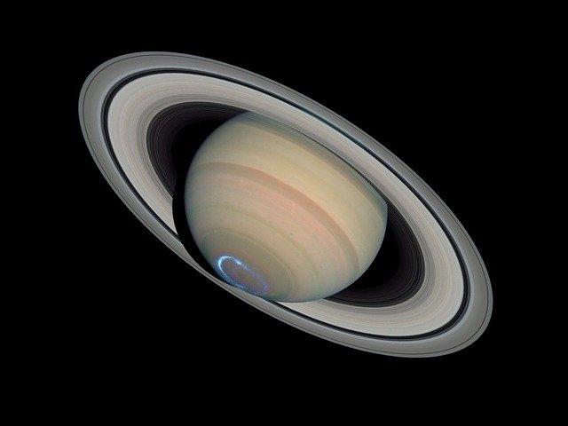 10 интересных фактов о Сатурне