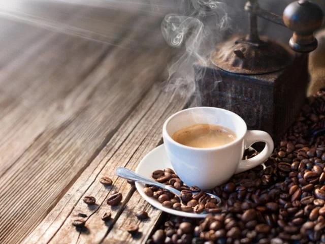 Миф или факт - действительно ли кофе нас обезвоживает?