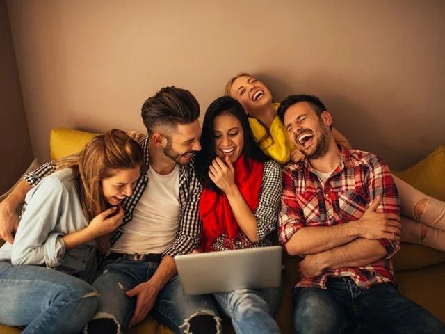 Научно доказанные причины, по которым друзья делают вас здоровее и счастливее