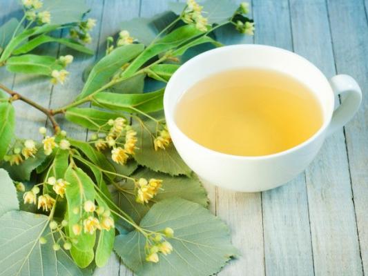 Липовый чай не рекомендуется при сердечных заболеваниях