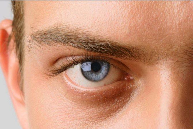 Пейте чай ежедневно, чтобы улучшить здоровье глаз и снизить риск глаукомы.