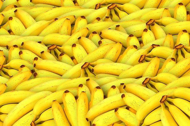 Полезные свойства бананов для волос