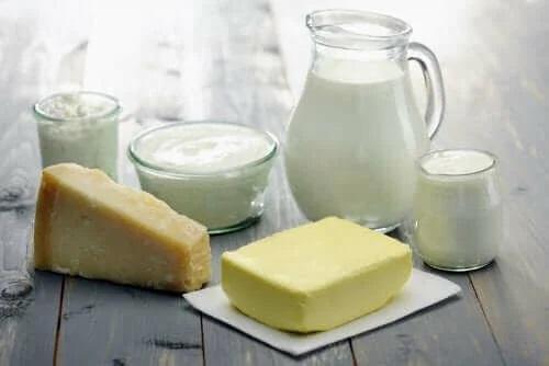 Молоко цельное или обезжиренное: что лучше?