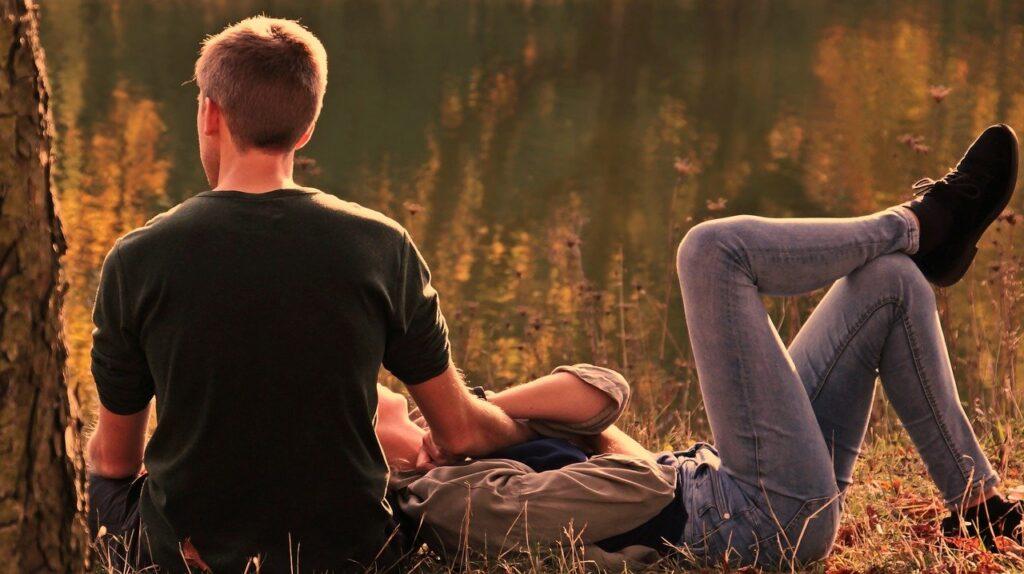 Знаки Зодиака в отношениях: отличительные черты
